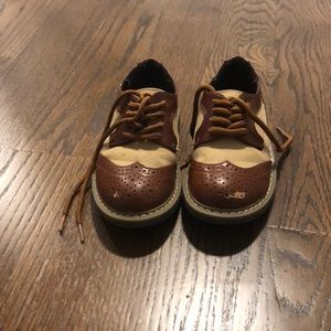 Kenneth Cole toddler size 8